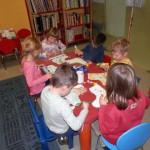 806 4 150x150 - Zimsko veselje - pravljična urica z ustvarjalno delavnico za otroke od 4. leta dalje