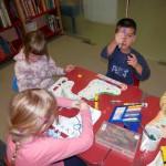 806 6 150x150 - Zimsko veselje - pravljična urica z ustvarjalno delavnico za otroke od 4. leta dalje