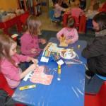 806 7 150x150 - Zimsko veselje - pravljična urica z ustvarjalno delavnico za otroke od 4. leta dalje