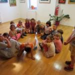 875 5 150x150 - Pravljična urica z ustvarjalno delavnico za otroke od 4. leta dalje