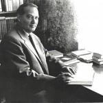 Pesnik v svoji delovni sobi 150x150 - Jože Udovič