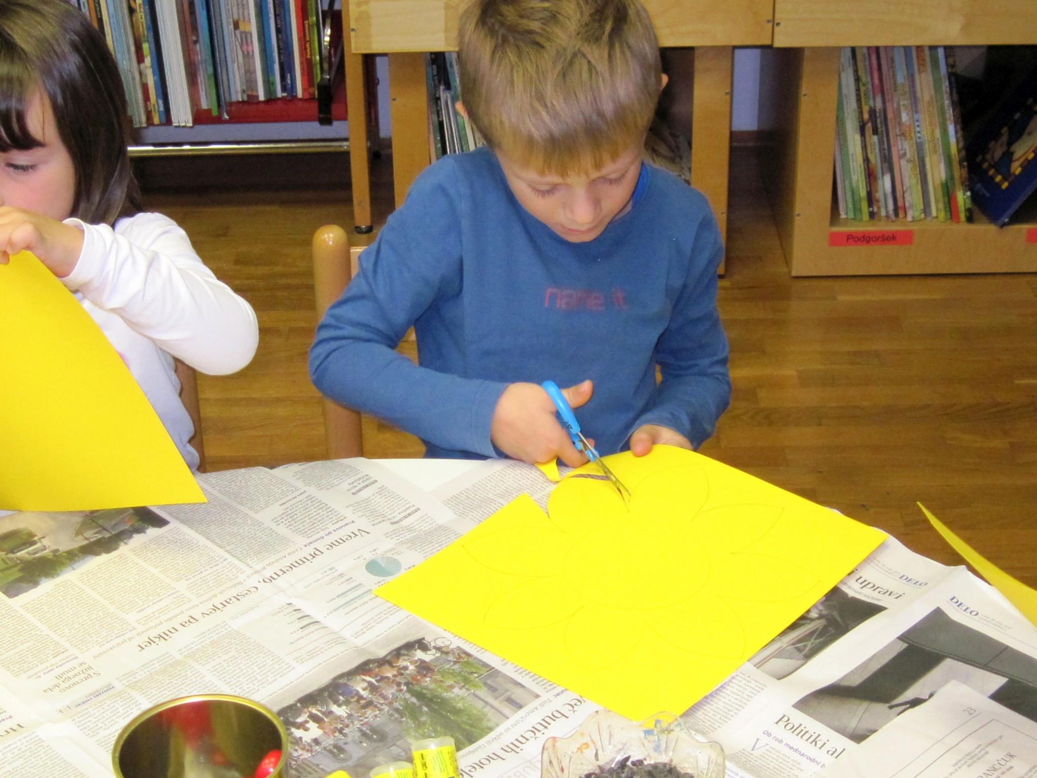 IMG 2293 - Pravljična urica z ustvarjalno delavnico za otroke od 4. leta dalje