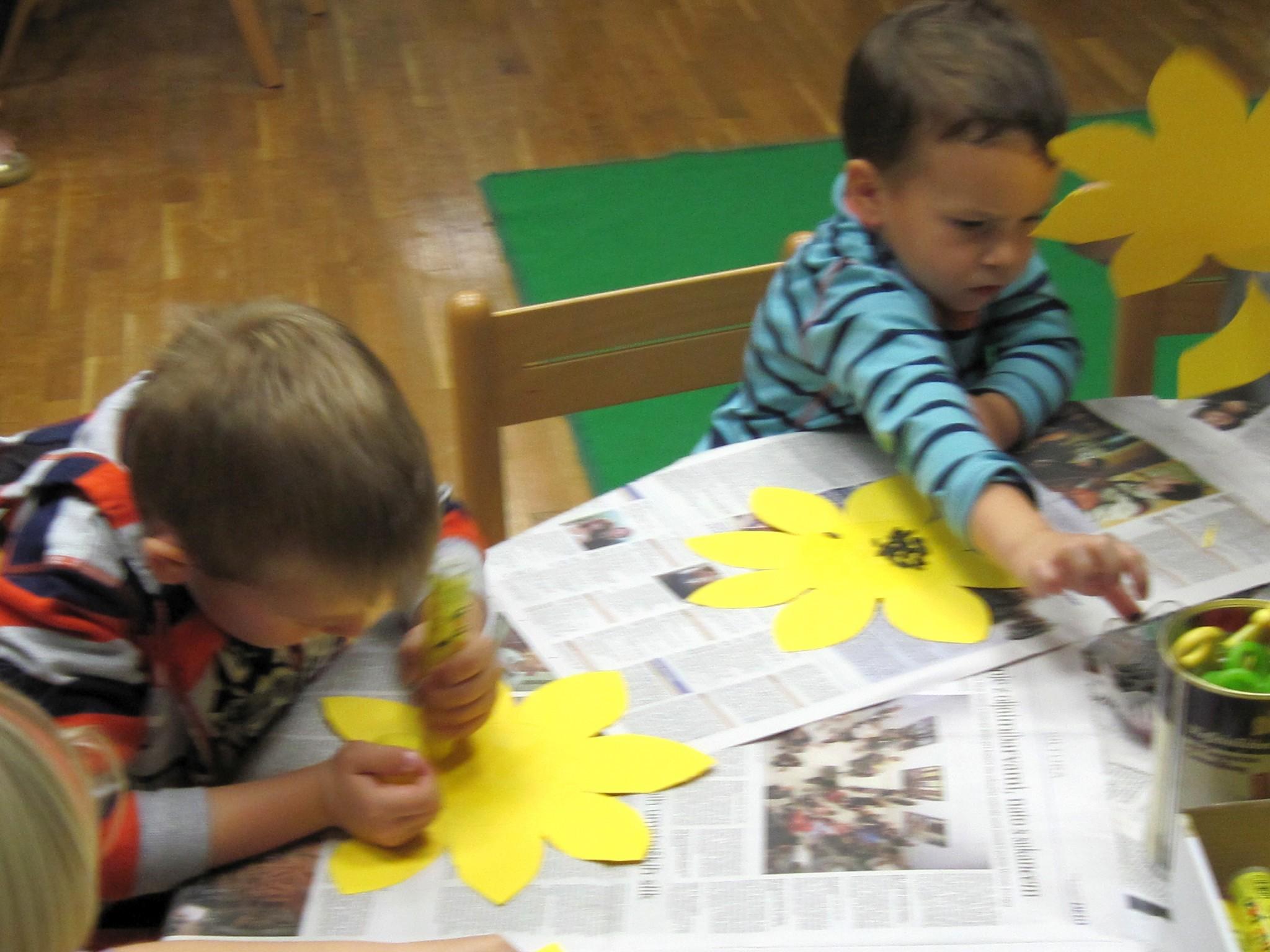 IMG 2298 - Pravljična urica z ustvarjalno delavnico za otroke od 4. leta dalje