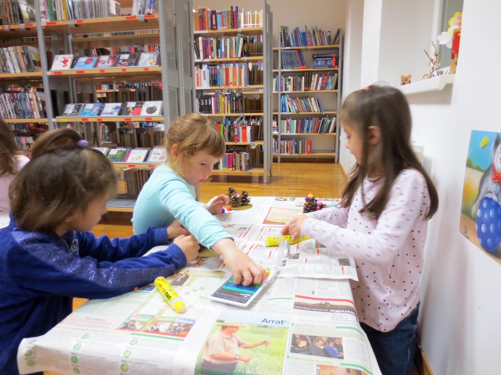 IMG 3205 - Pravljična ura in ustvarjalna delavnica za otroke od 4. leta dalje
