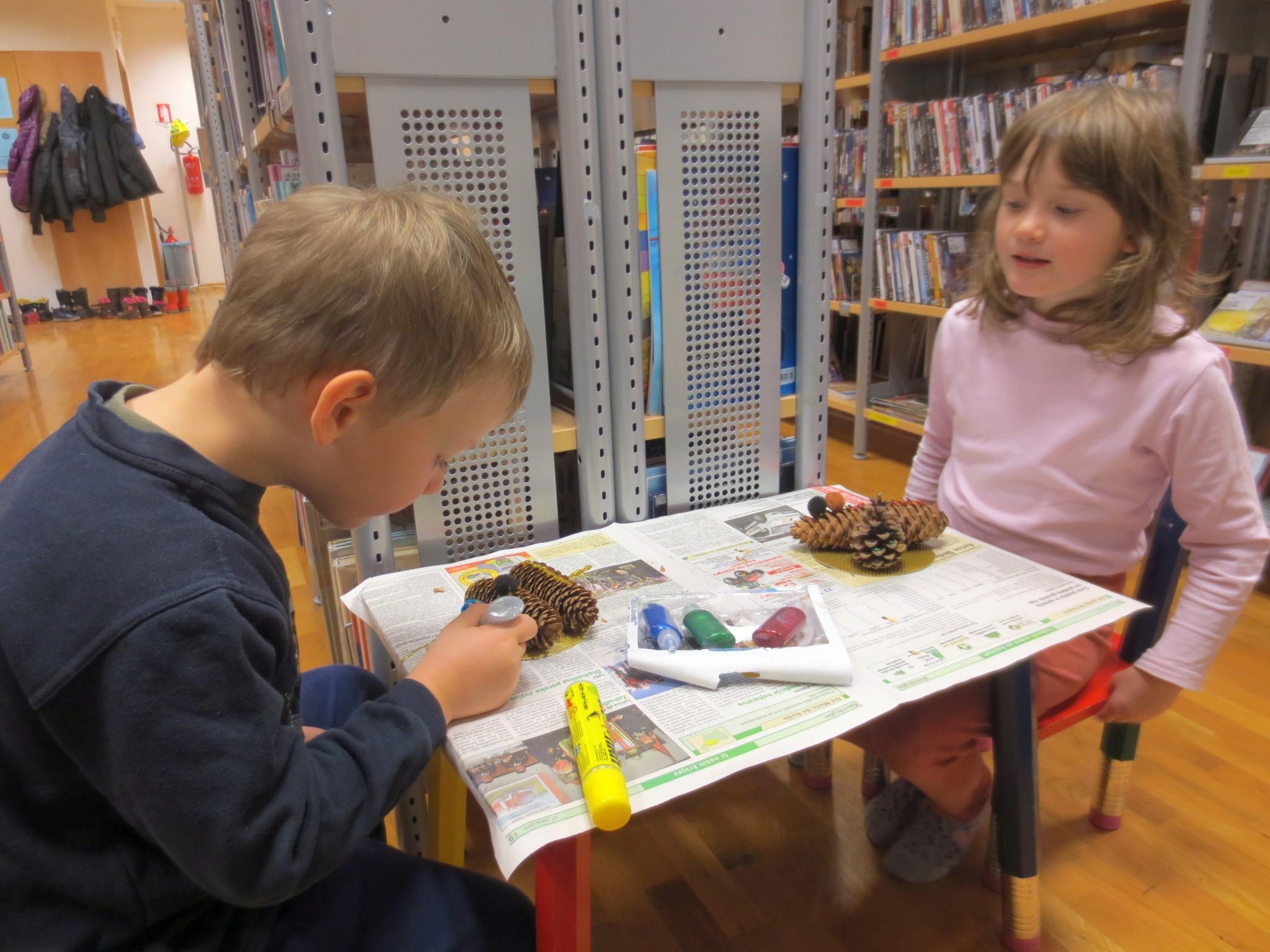 IMG 3207 - Pravljična ura in ustvarjalna delavnica za otroke od 4. leta dalje
