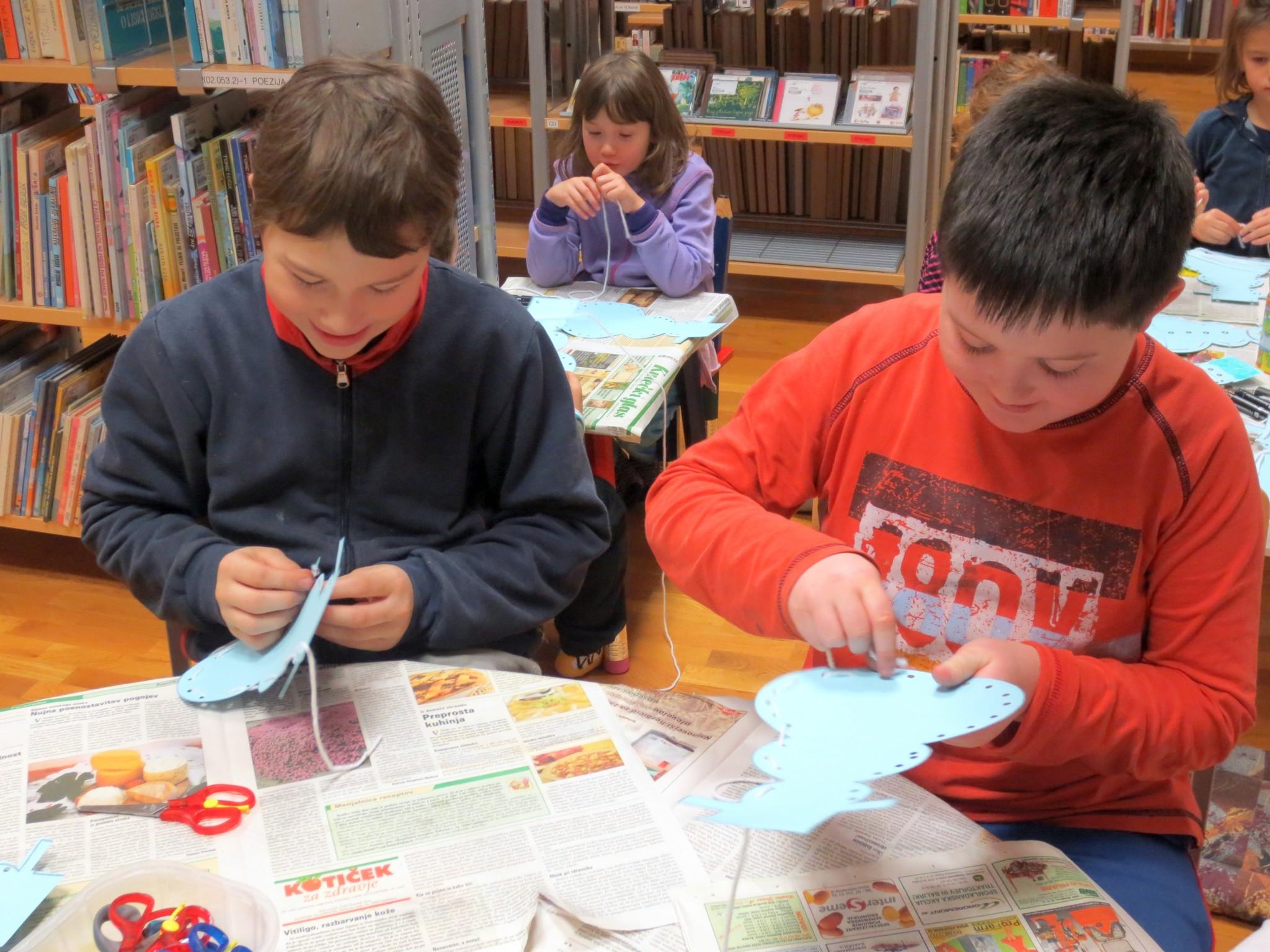 IMG 3384 - Pravljična ura in ustvarjalna delavnica za otroke od 4. leta dalje