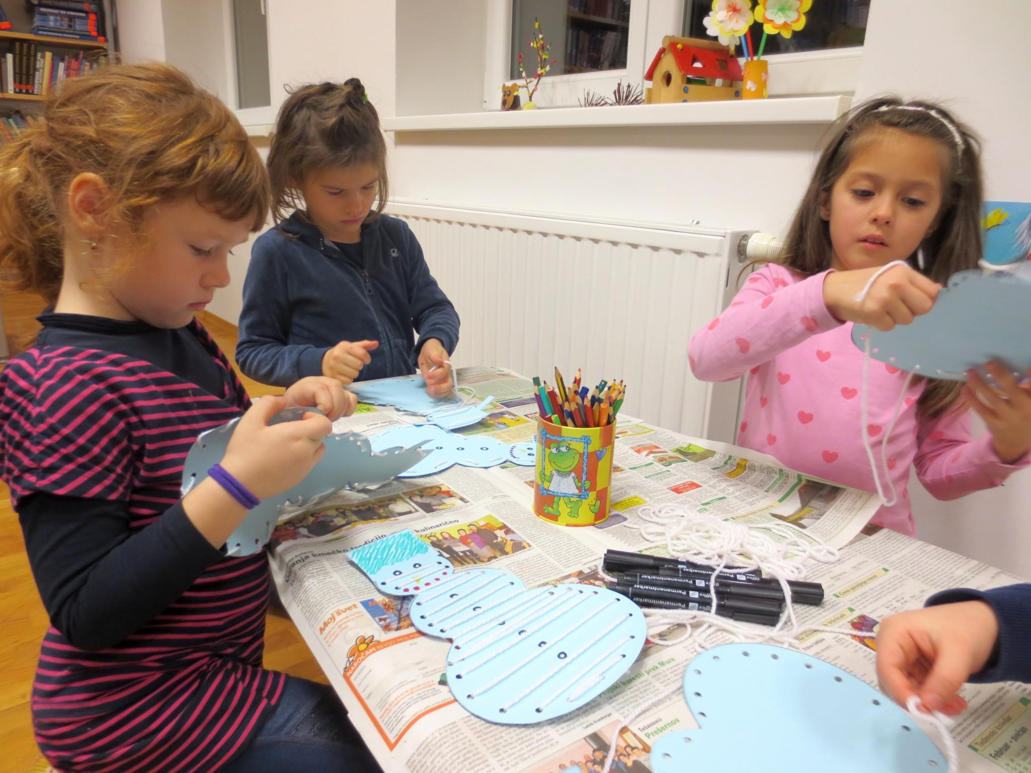 IMG 3387 - Pravljična ura in ustvarjalna delavnica za otroke od 4. leta dalje