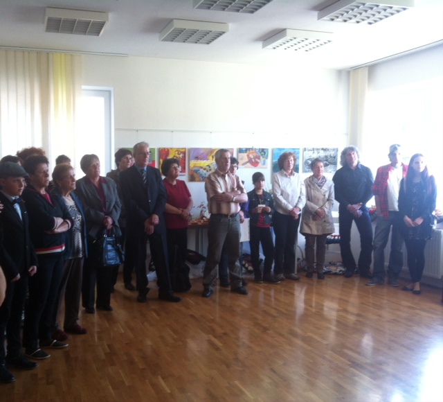 image 3 - Skupaj zmoremo - otvoritev razstave del VDC Cerknica