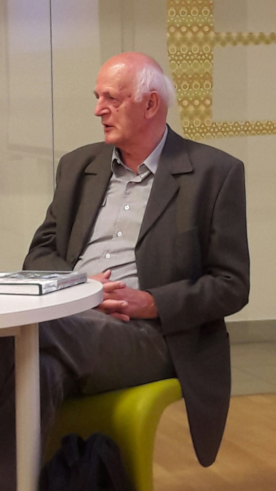 20160614 191551 resized - Franc Perko: Od ogolelega do gozdnatega krasa