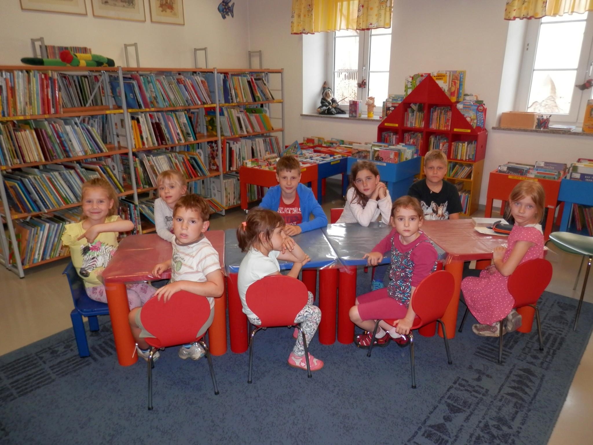 P6160152 - Pravljični rožnik - pravljična urica z ustvarjalno delavnico za otroke od 4. leta dalje
