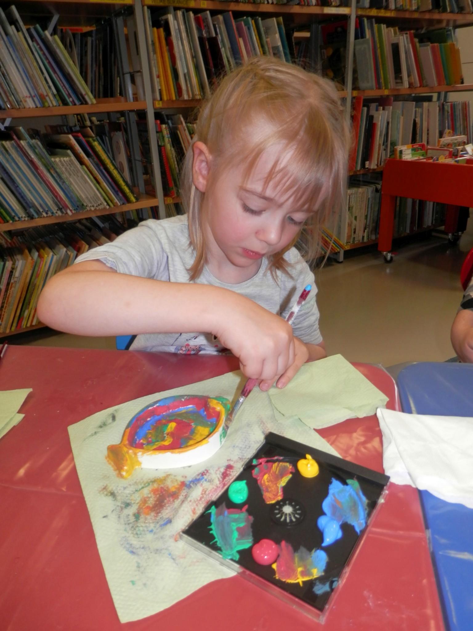 P6160170 - Pravljični rožnik - pravljična urica z ustvarjalno delavnico za otroke od 4. leta dalje