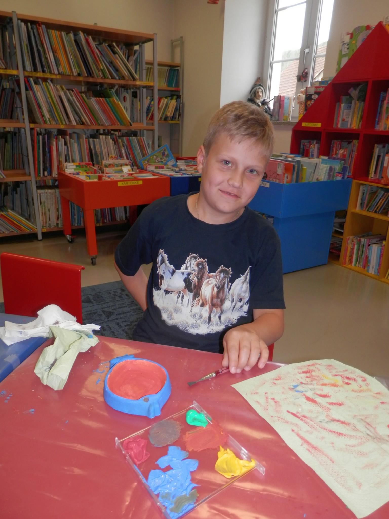 P6160172 - Pravljični rožnik - pravljična urica z ustvarjalno delavnico za otroke od 4. leta dalje