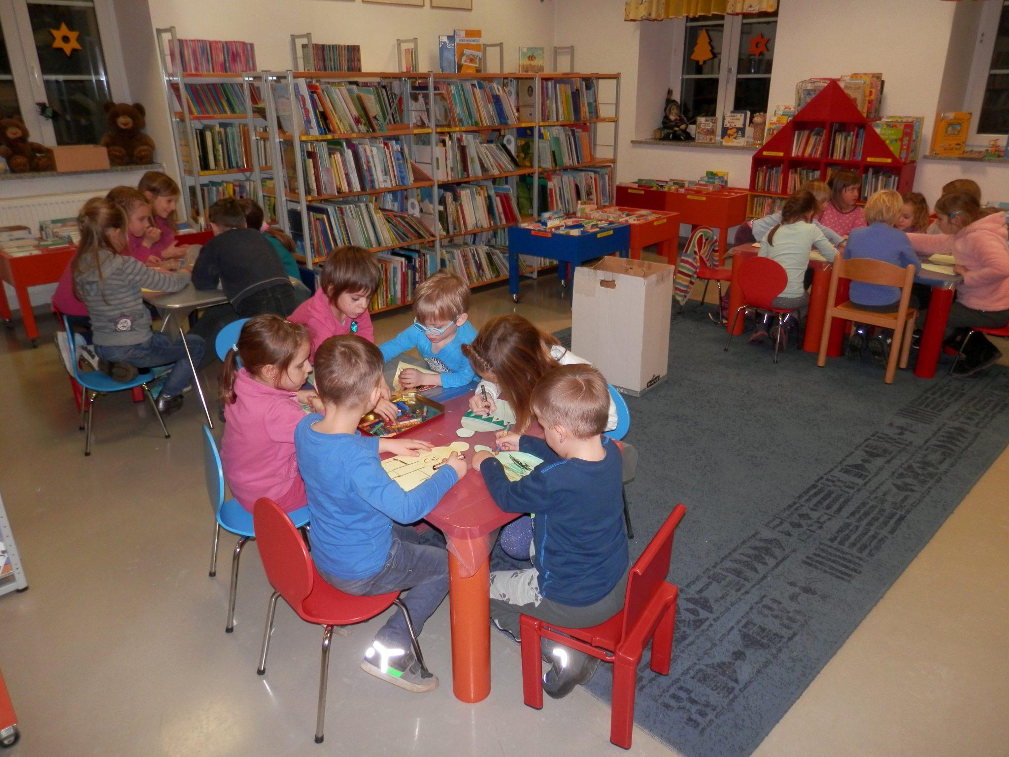 P1040025 - Novoletna pravljična urica z ustvarjalno delavnico za otroke od 4. leta dalje