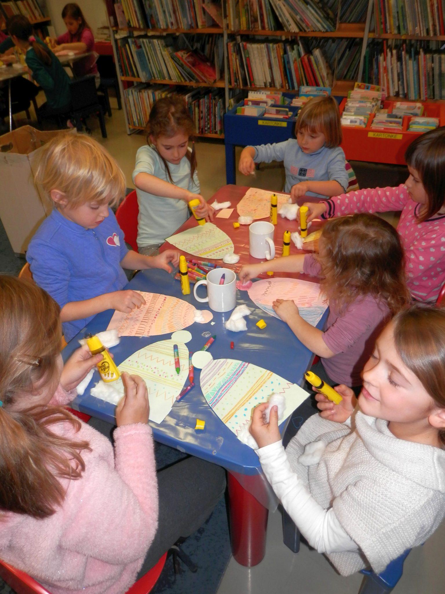 P1040026 - Novoletna pravljična urica z ustvarjalno delavnico za otroke od 4. leta dalje