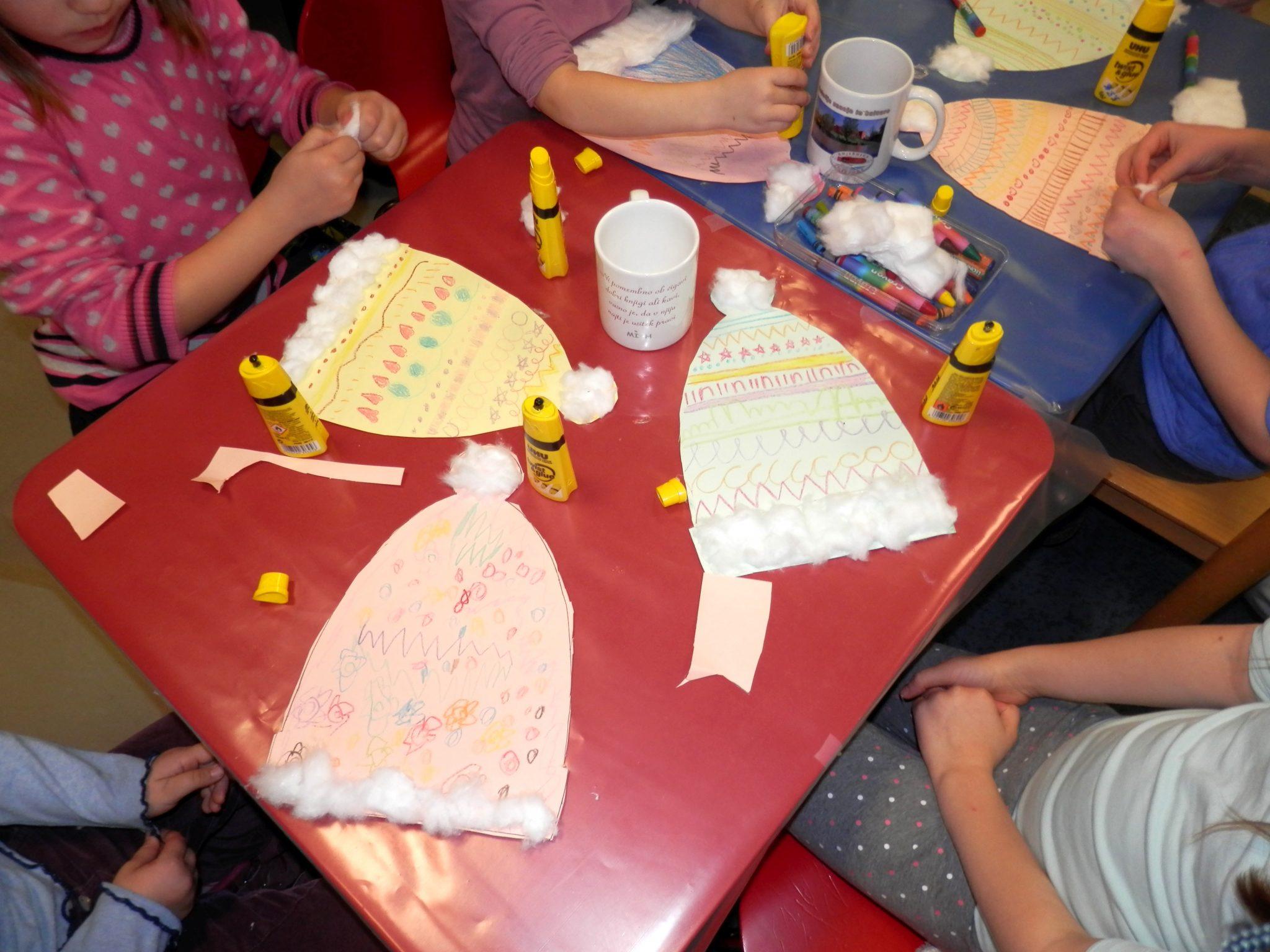 P1040034 - Novoletna pravljična urica z ustvarjalno delavnico za otroke od 4. leta dalje