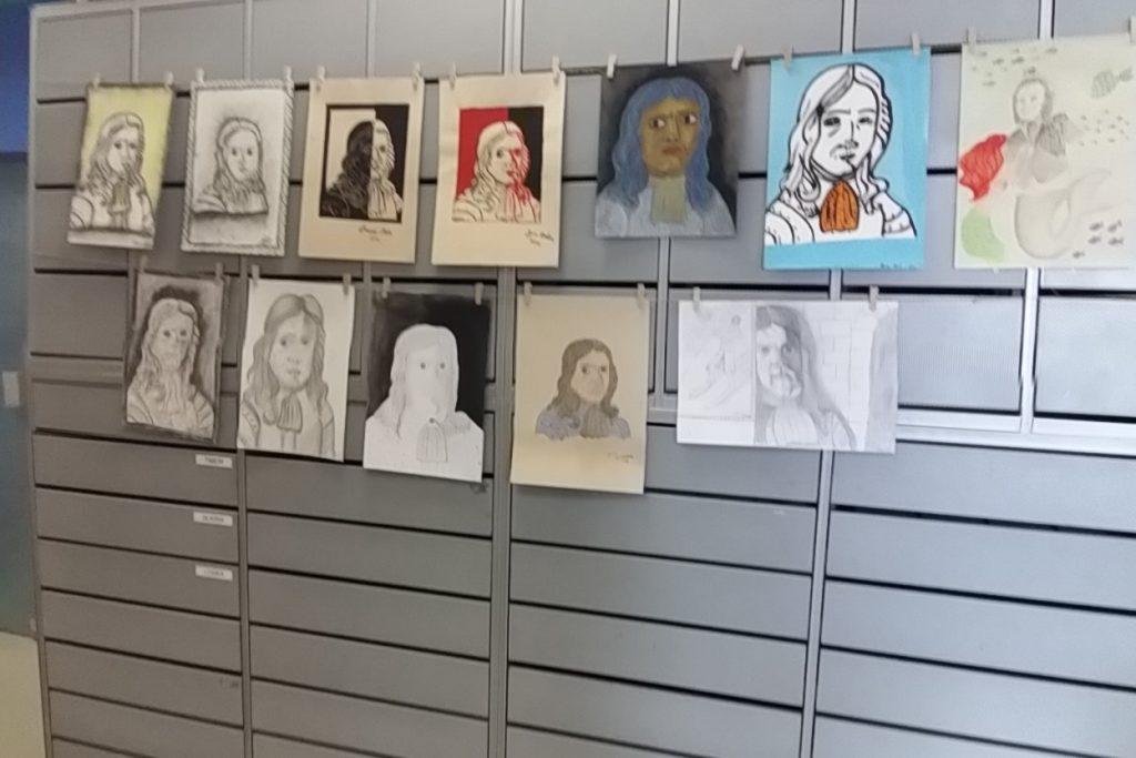 20170306 131241 1024x683 - Slikanje portretov: Valvasor, Udovič - razstava likovnih del osnovnošolcev