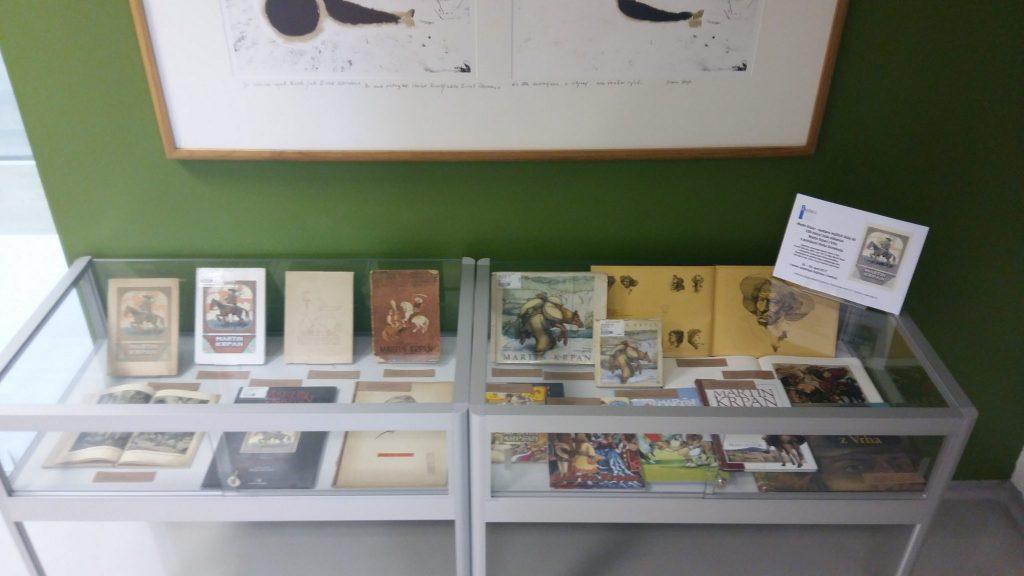 20170508 131229 1024x576 - Razstava knjižnih izdaj ob 100-letnici izida slikanice Martin Krpan z Vrha s podobami Hinka Smrekarja
