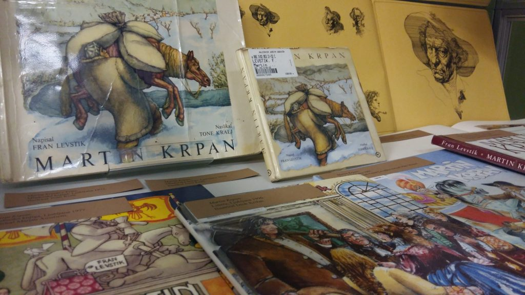 20170508 131716 1024x576 - Razstava knjižnih izdaj ob 100-letnici izida slikanice Martin Krpan z Vrha s podobami Hinka Smrekarja