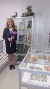 a20170306 182642 169x300 - Suzana Oblak - razstava unikatnih slik in vaz