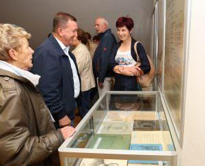 OTVORITEV RAZSTAVE 01 FOTO LJUBO VUKELIČ 300x243 - Fran Gerbič – otvoritev razstave ob stoletnici smrti