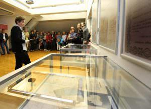OTVORITEV RAZSTAVE 10 FOTO LJUBO VUKELIČ 300x217 - Fran Gerbič – otvoritev razstave ob stoletnici smrti
