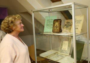 OTVORITEV RAZSTAVE 24 FOTO LJUBO VUKELIČ 300x212 - Fran Gerbič – otvoritev razstave ob stoletnici smrti