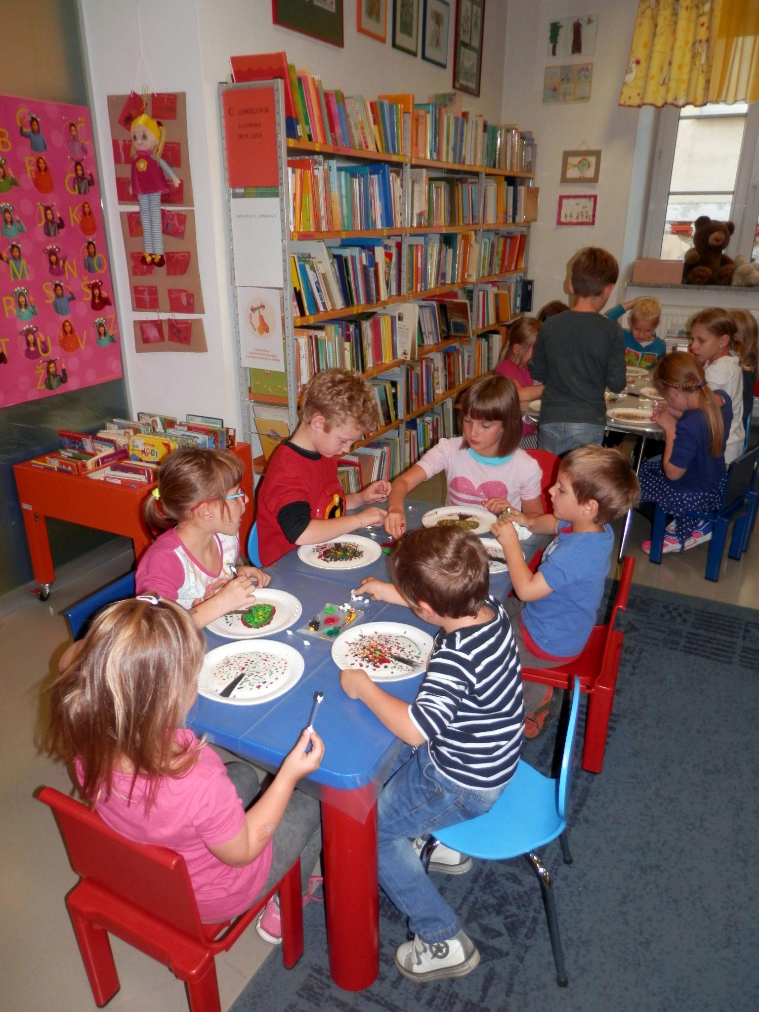 P9290001 - Pravljična urica z ustvarjalno delavnico za otroke od 4. leta dalje