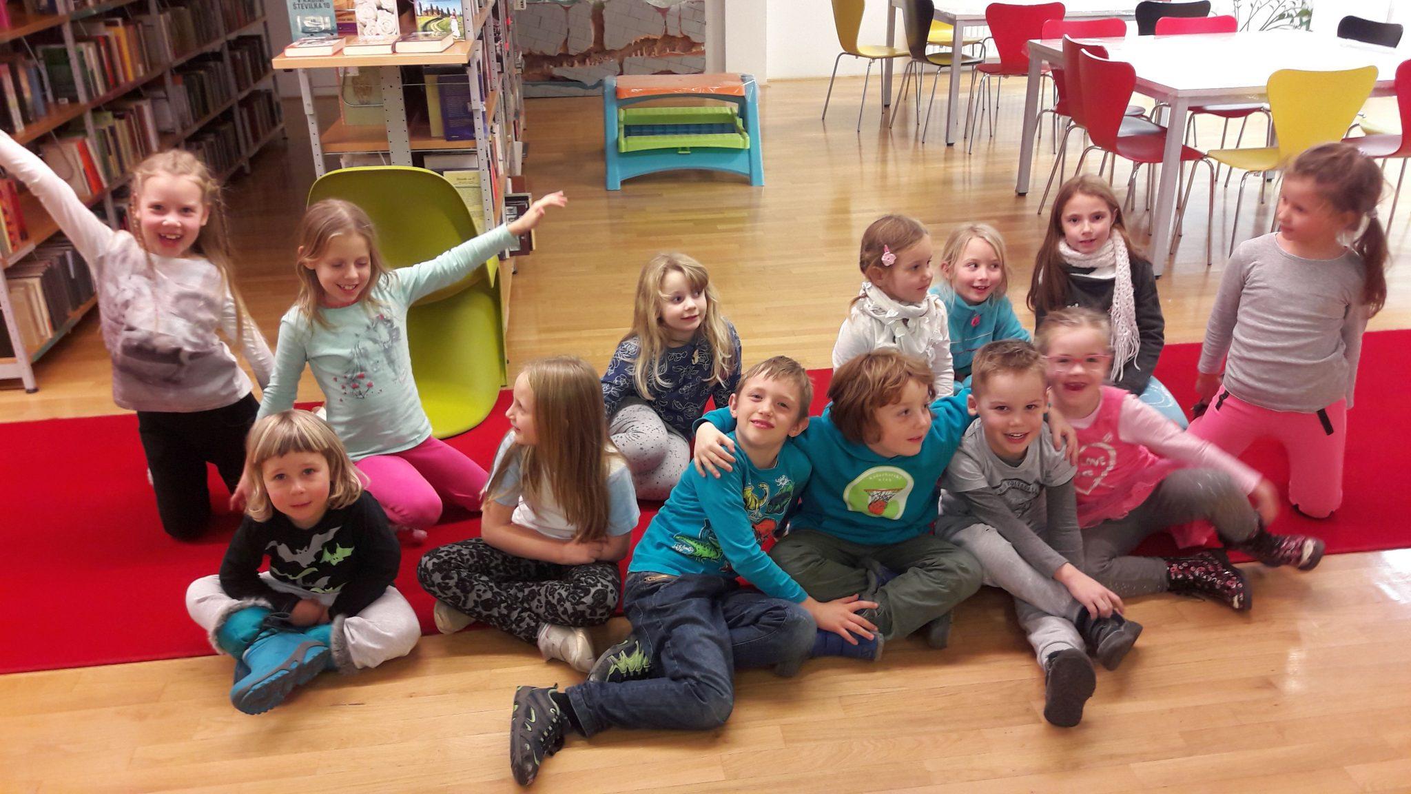 20171205 171436 - Pravljična urica z ustvarjalno delavnico za otroke od 4. leta dalje