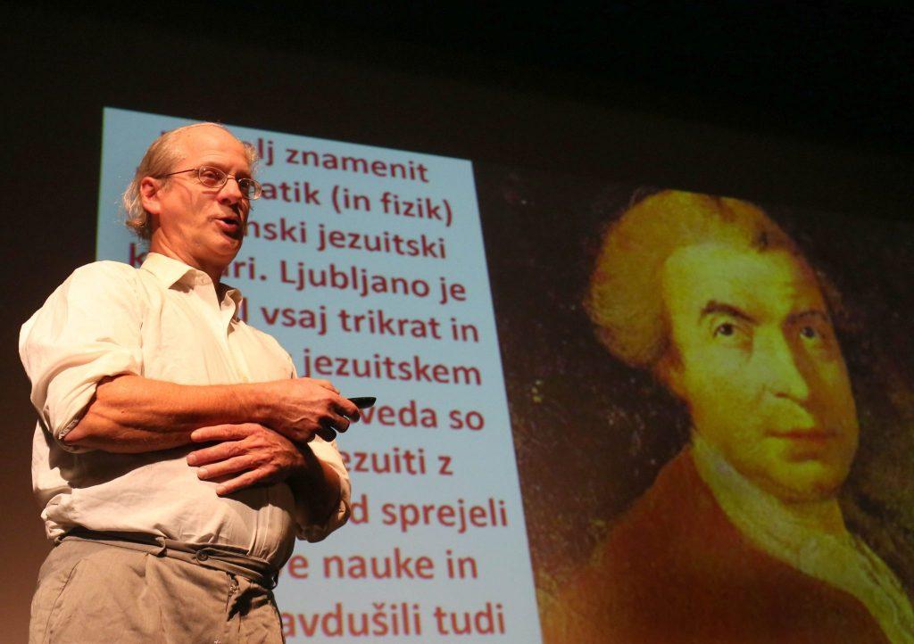 GRUBER 11 FOTO LJUBO VUKELIČ 1024x722 - Hidrografska pisma Tobiasa Gruberja predstavljena v Kulturnem domu