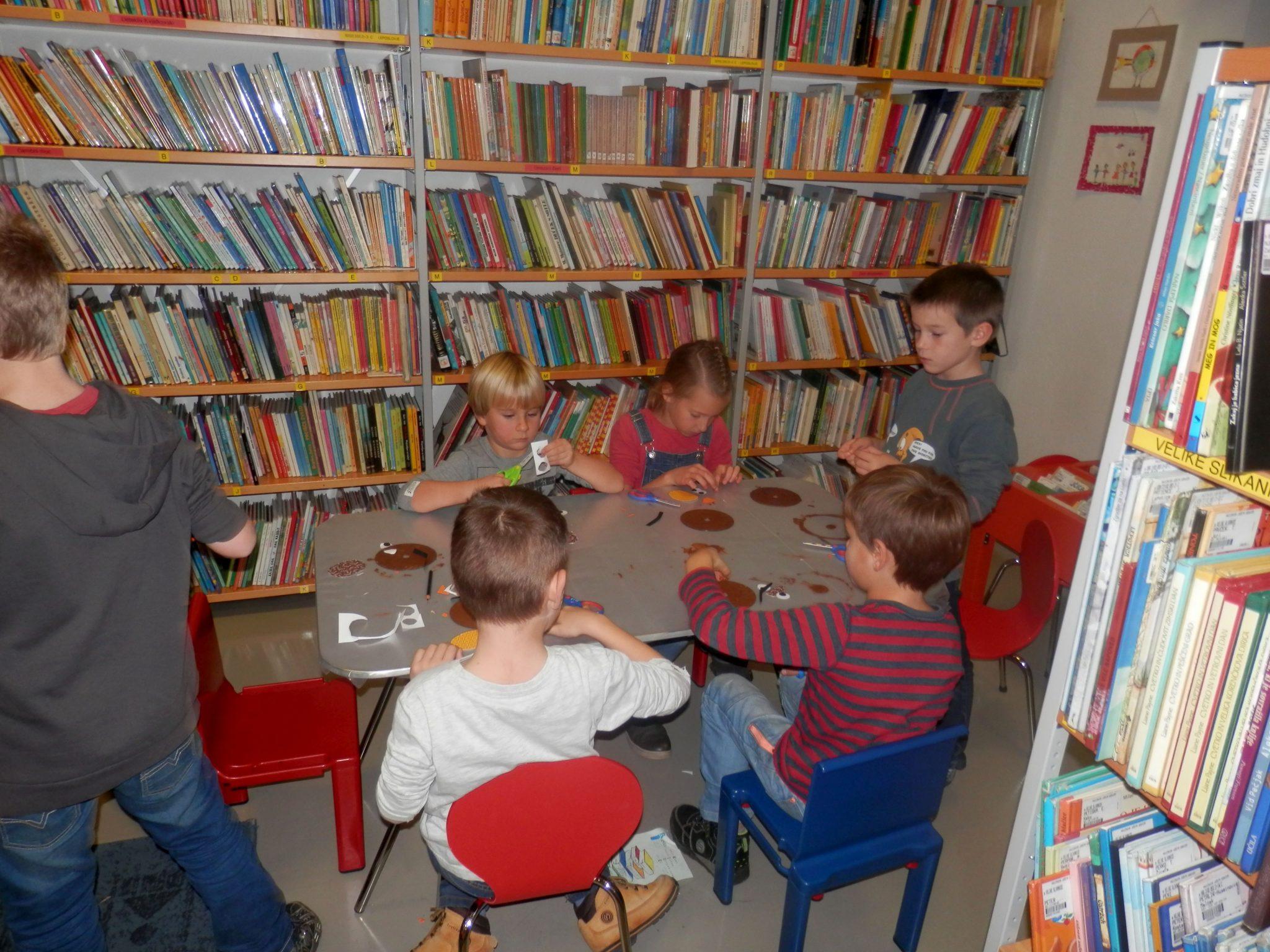 PB220009 - HU-HU pravljična urica z ustvarjalno delavnico za otroke od 4. leta dalje