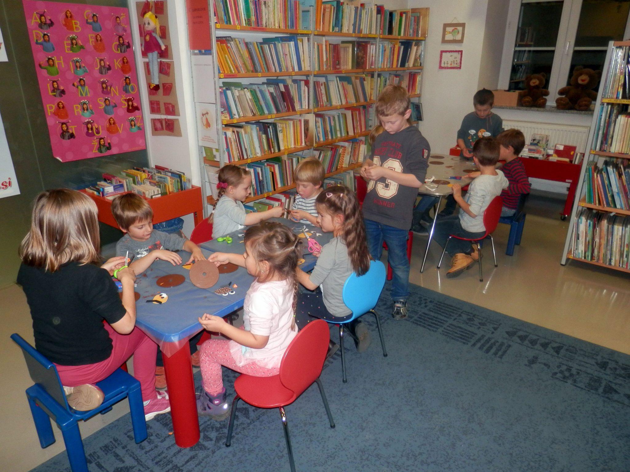 PB220011 - HU-HU pravljična urica z ustvarjalno delavnico za otroke od 4. leta dalje