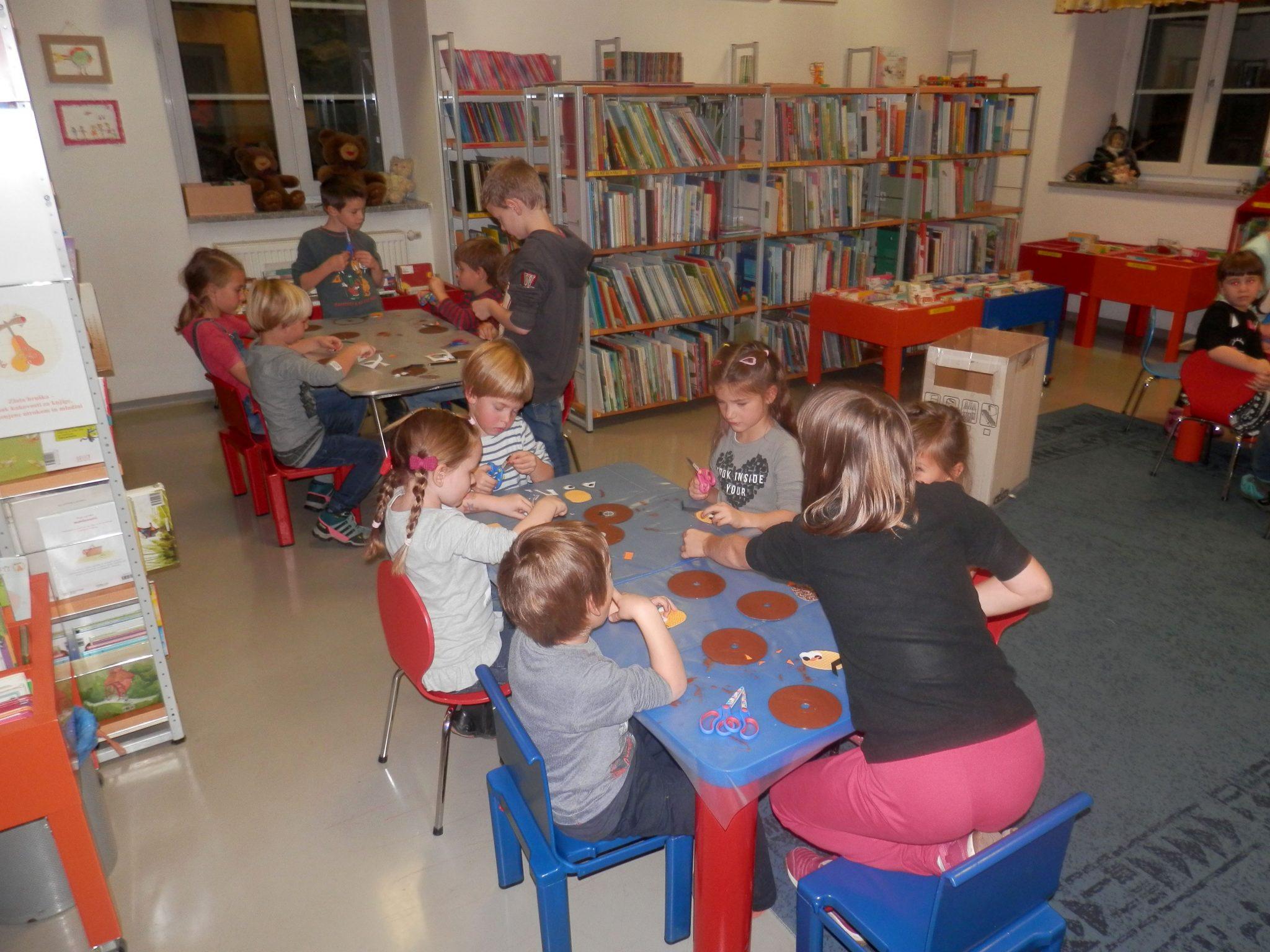 PB220012 - HU-HU pravljična urica z ustvarjalno delavnico za otroke od 4. leta dalje