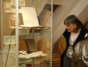 OTVORITEV RAZSTAVE 24 FOTO LJUBO VUKELIČ 300x230 - Ivan Matičič - otvoritev razstave ob 130-letnici rojstva