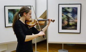 DSC08847 300x183 - Andreja Peklaj: Domovanje skrivnosti - odprtje fotografske razstave