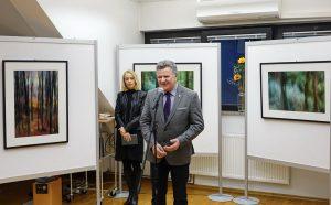 DSC08858 300x186 - Andreja Peklaj: Domovanje skrivnosti - odprtje fotografske razstave