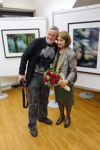 DSC08942 200x300 - Andreja Peklaj: Domovanje skrivnosti - odprtje fotografske razstave