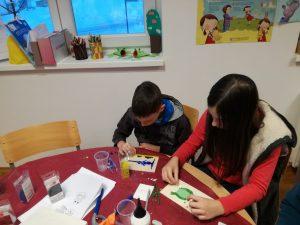 IMG 20180220 173201 1 300x225 - Počitniški tečaj izdelovanja mozaikov za otroke