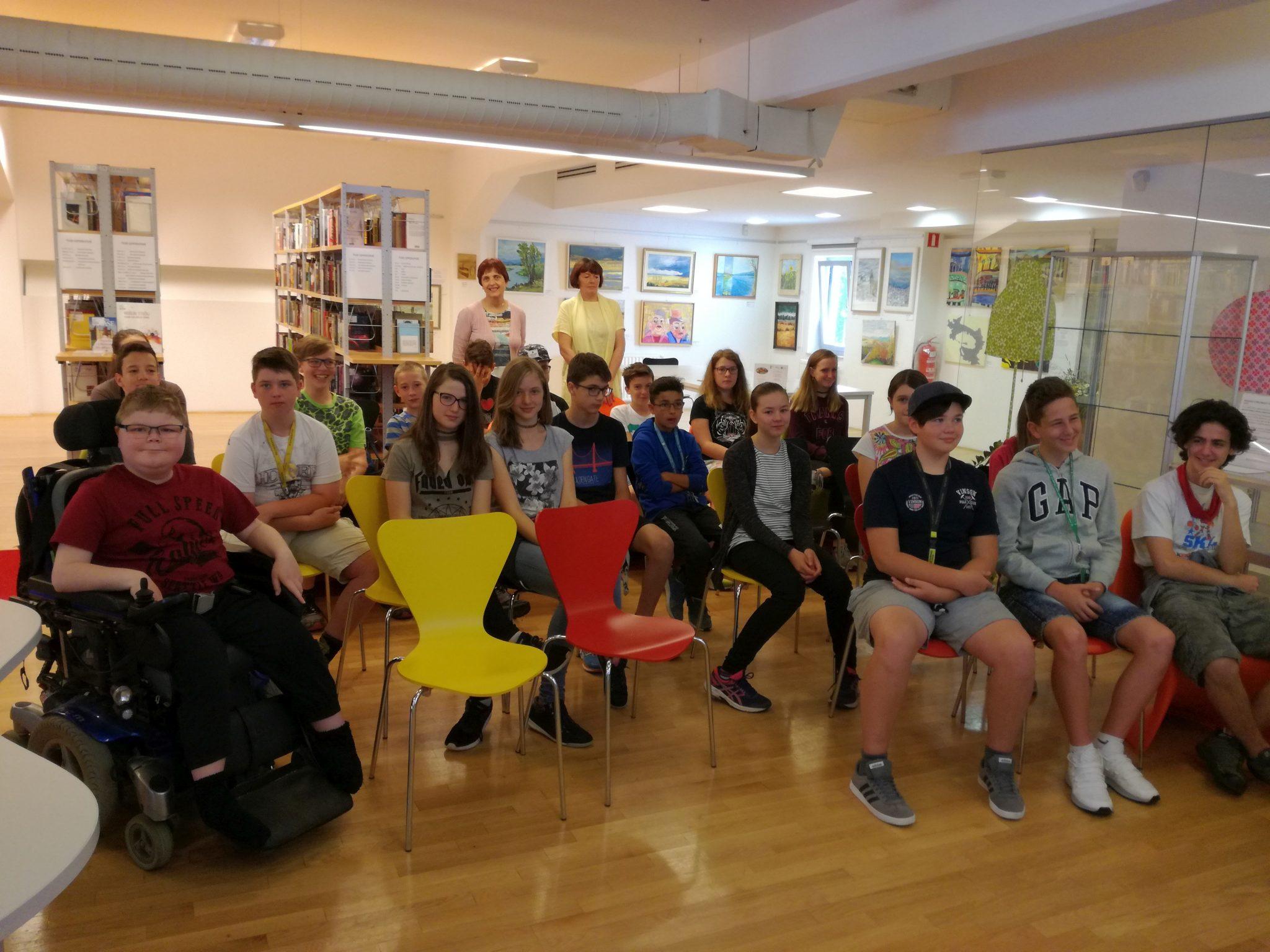 IMG 20180529 084928 - Še zadnji obisk sedmošolcev ob projektu Rastem s knjigo