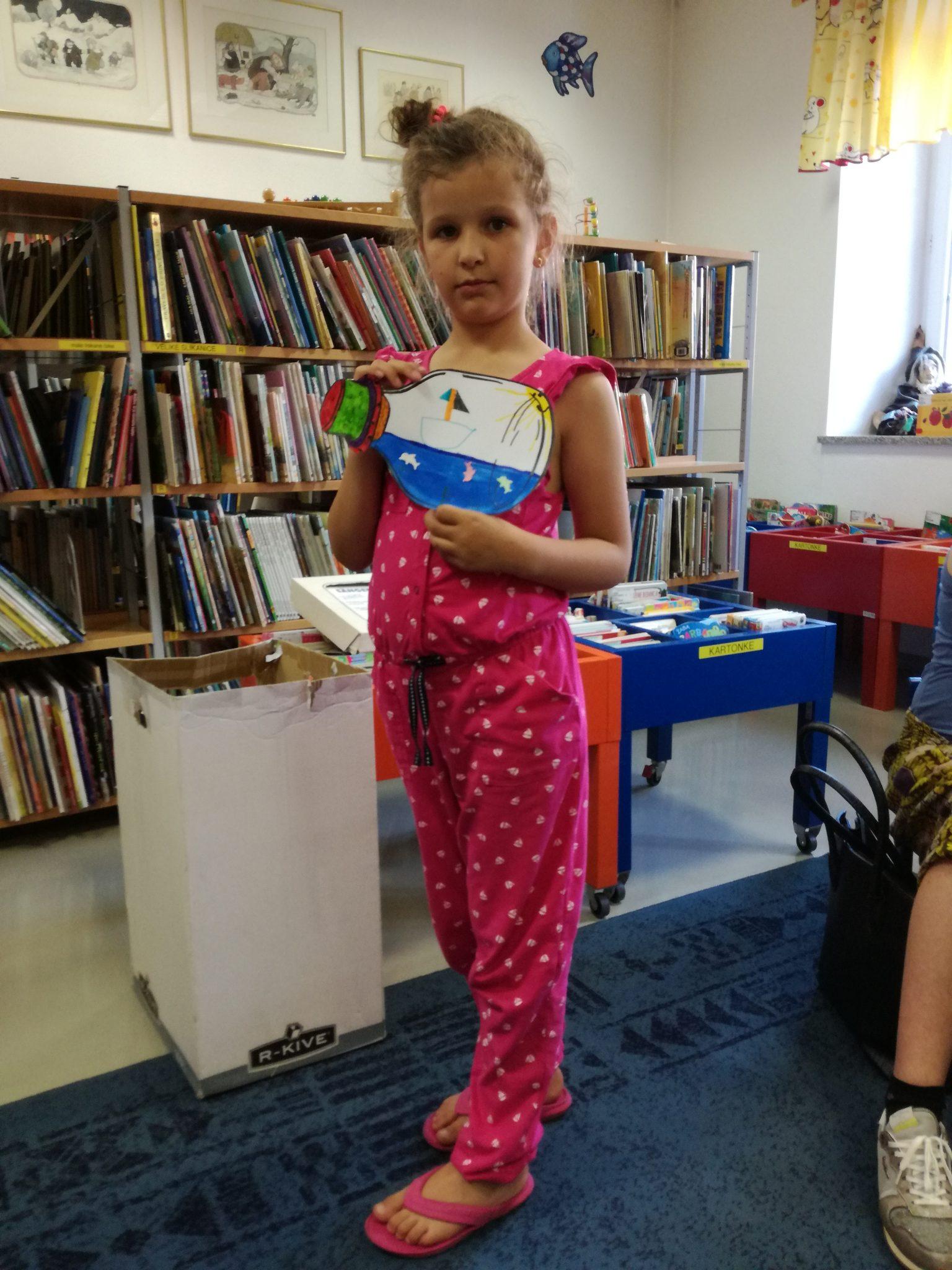 IMG 20180612 180251 - Ena modra pravljična urica z ustvarjalno delavnico za otroke od 4. leta dalje