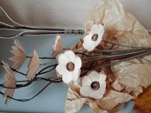 IMG 20181106 142423 300x225 - Rokodelska skupina Lesenke - razstava lesenih rož