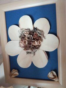 IMG 20181106 142530 225x300 - Rokodelska skupina Lesenke - razstava lesenih rož