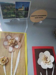IMG 20181106 142640 225x300 - Rokodelska skupina Lesenke - razstava lesenih rož