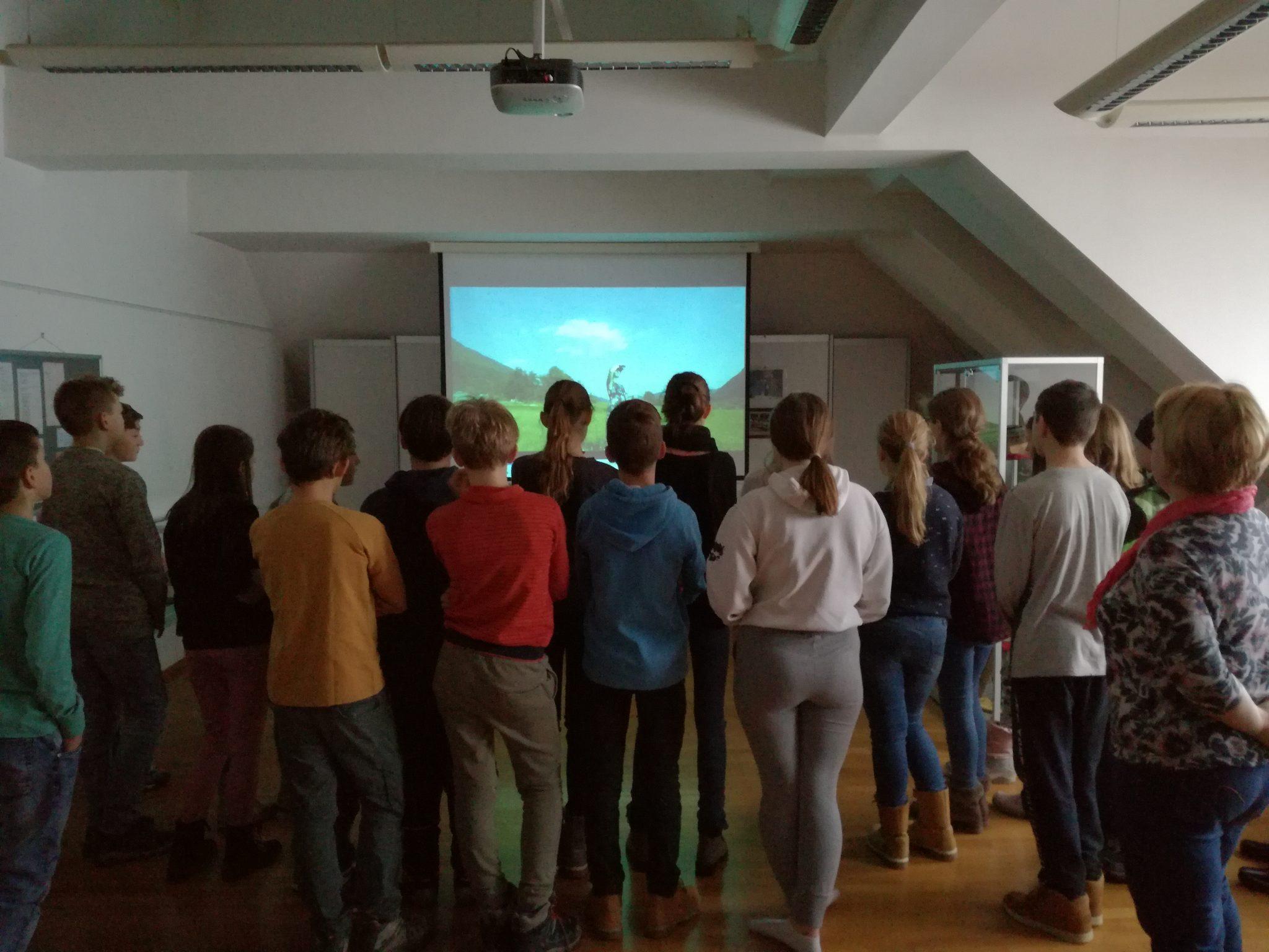 IMG 20190118 090231 - Danes so nas ob projektu Rastem s knjigo obiskali cerkniški sedmošolci