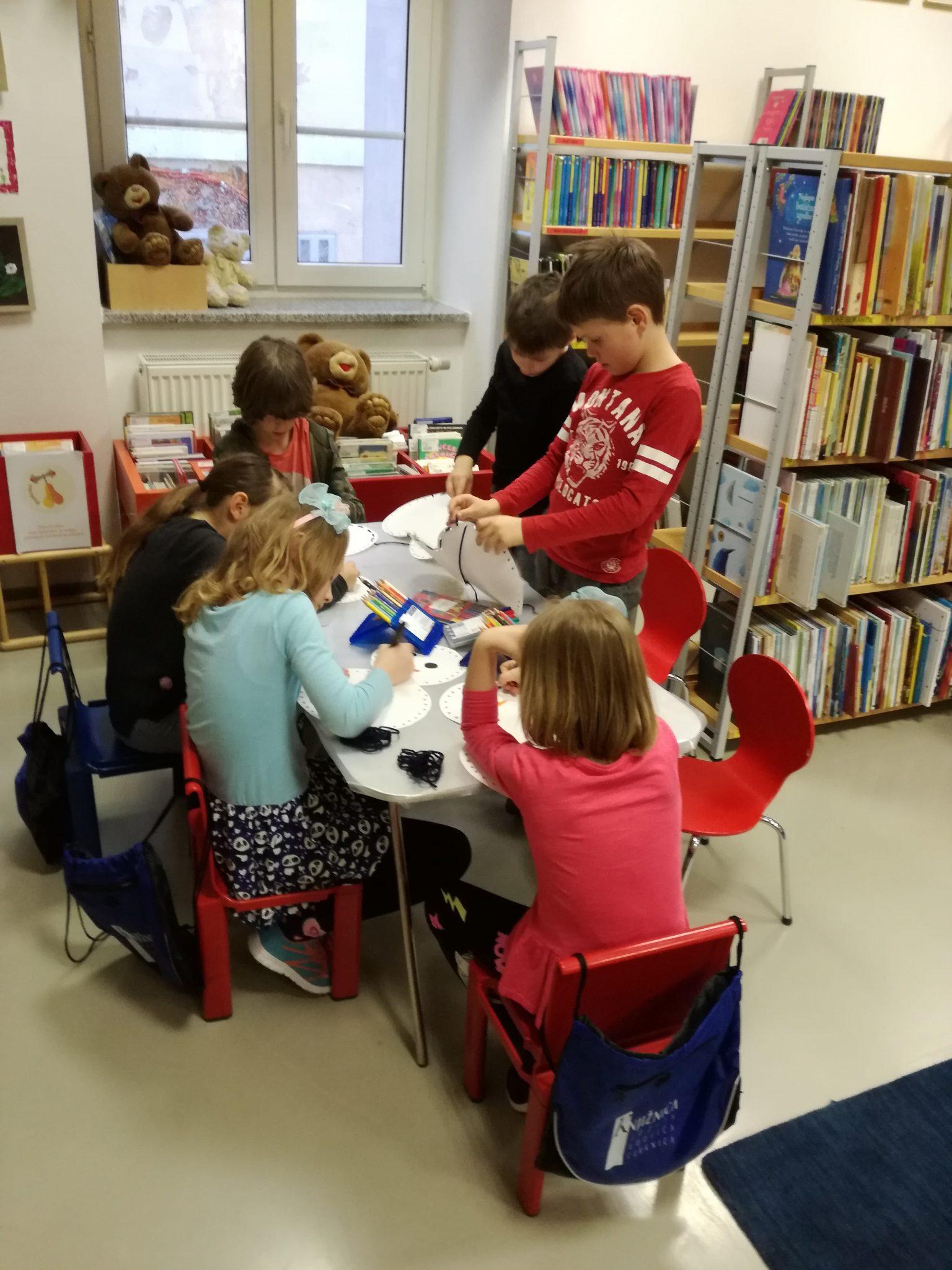 IMG 20190311 171934 - Pravljična urica z ustvarjalno delavnico za otroke od 4. leta dalje