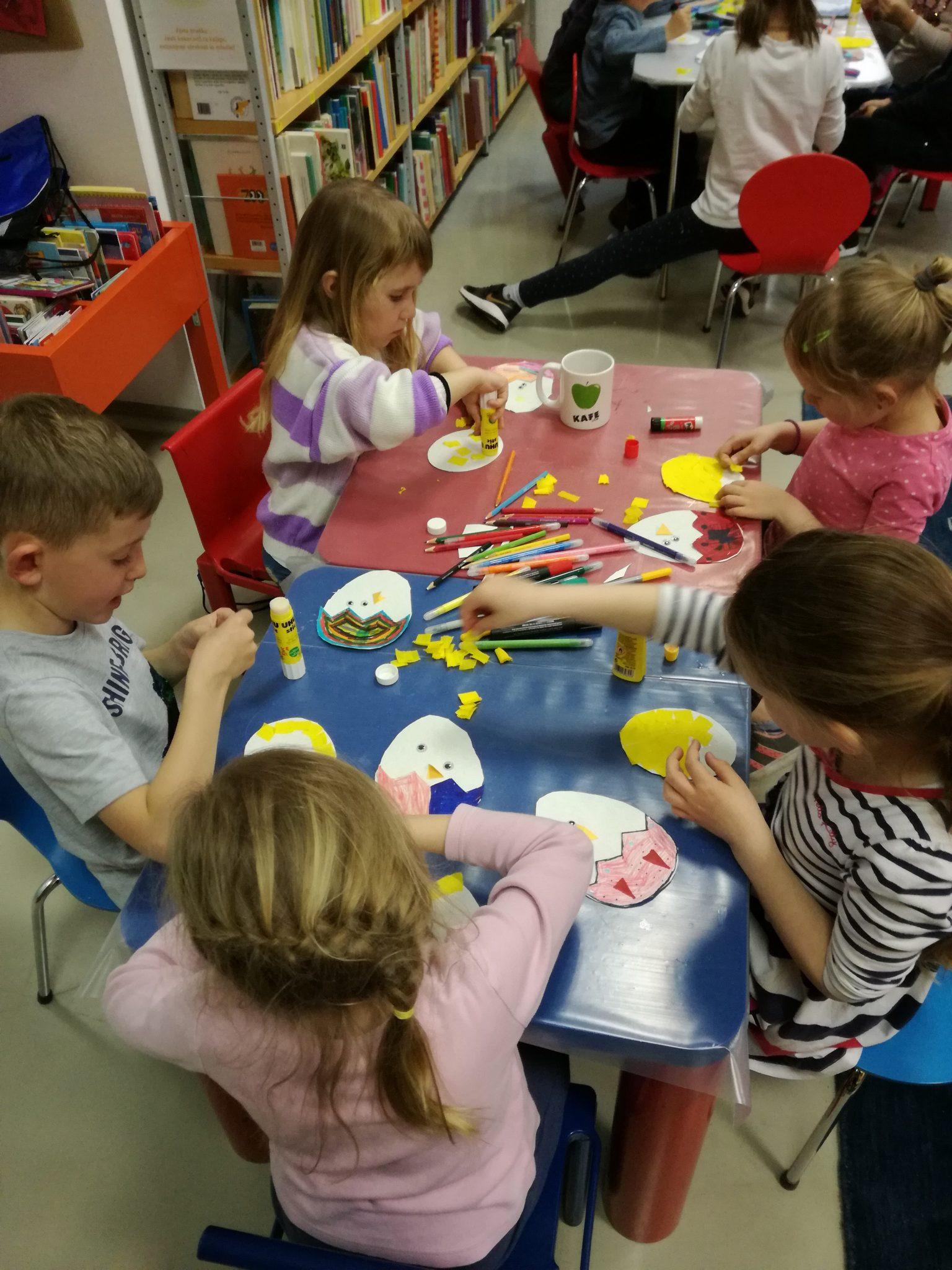 IMG 20190412 180054 - Pravljična ura in ustvarjalna delavnica za otroke od 4. leta dalje - Cerknica