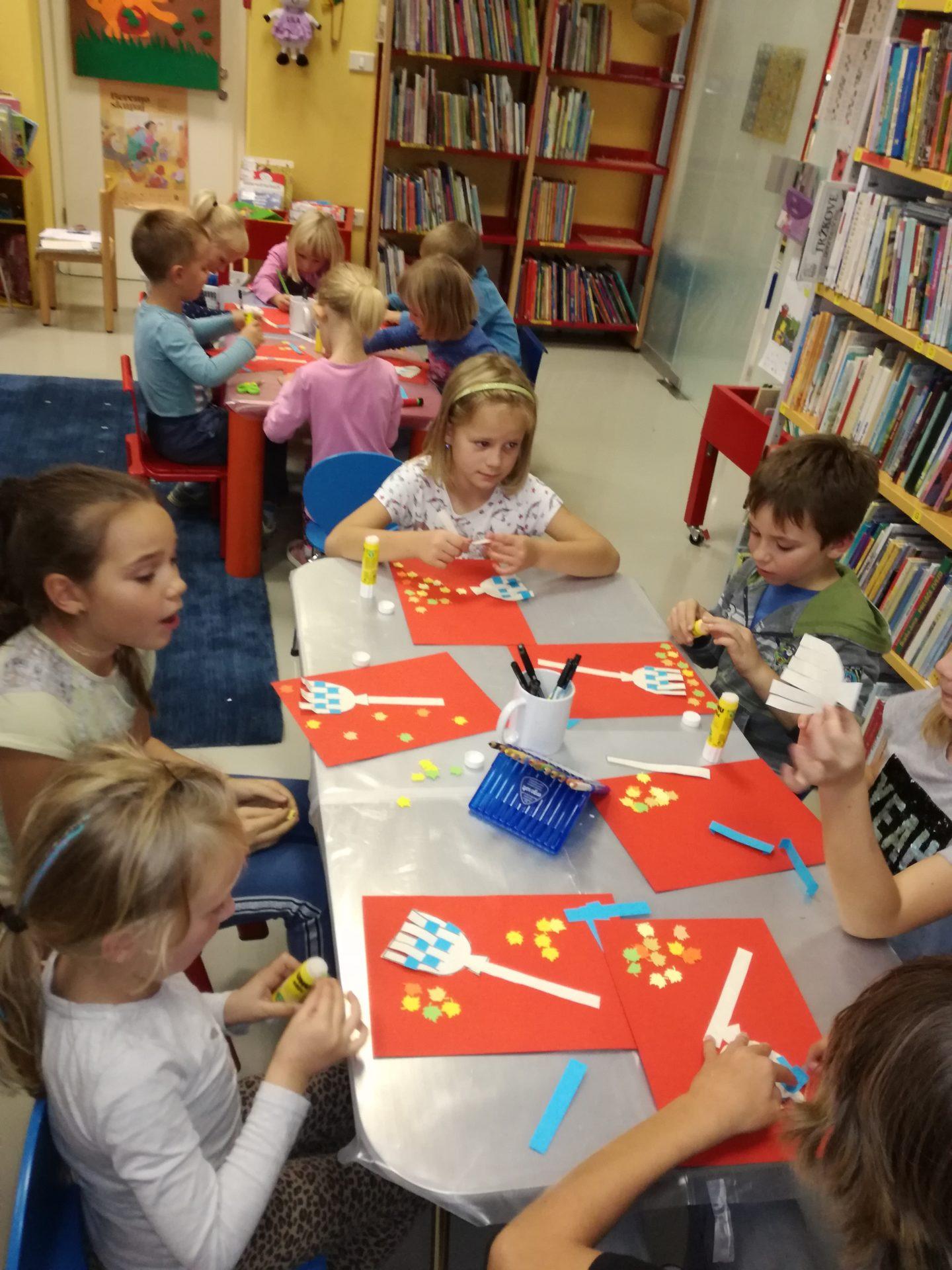 IMG 20191011 175429 - Pravljična urica z ustvarjalno delavnico za otroke od 4. leta dalje
