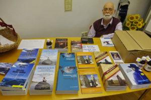Semir Osmanagić Zdravilna energija bosanskih piramid 01 300x200 - Semir Osmanagić: Zdravilna energija bosanskih piramid