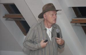 Semir Osmanagić Zdravilna energija bosanskih piramid 08 300x191 - Semir Osmanagić: Zdravilna energija bosanskih piramid