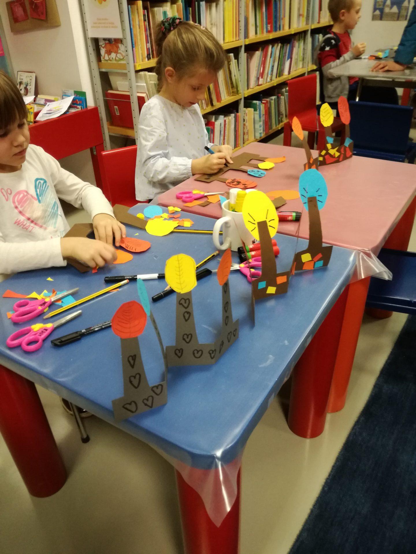 IMG 20191121 180420 - Pravljična urica z ustvarjalno delavnico za otroke od 4. leta dalje