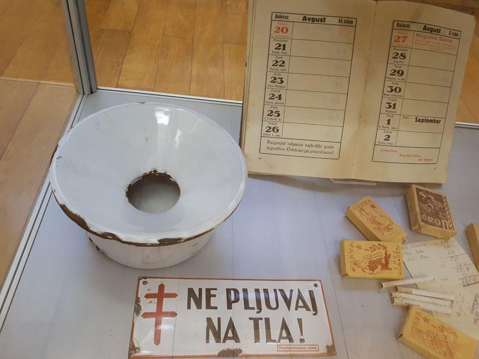 pljuvalnik - Arhiv razstave
